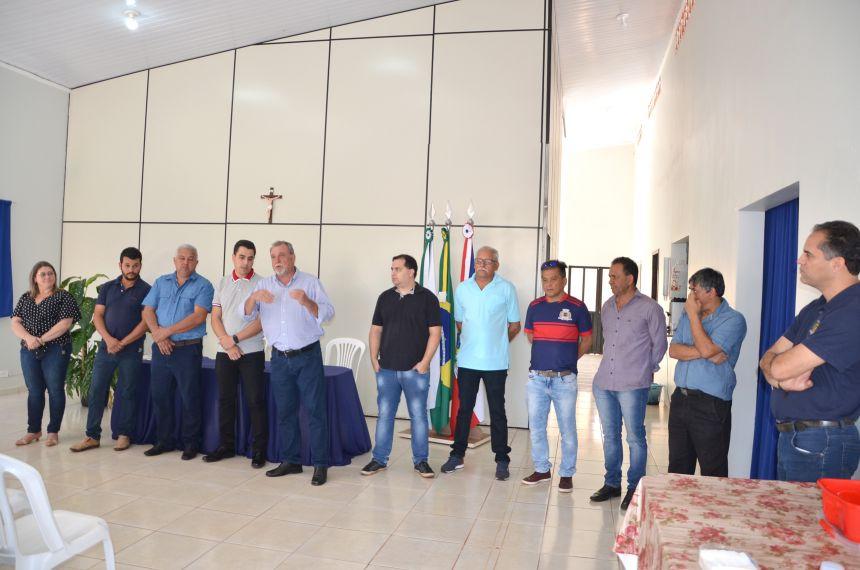 Semana Sempre Yolanda começa com assinatura ordem de serviço para reforma do Ginásio de Esportes do distrito