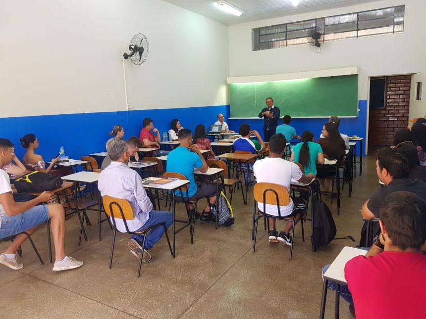 Conheça o Projeto 10 X MAIS: uma proposta inovadora de incentivo à escolarização, aprendizado e formação