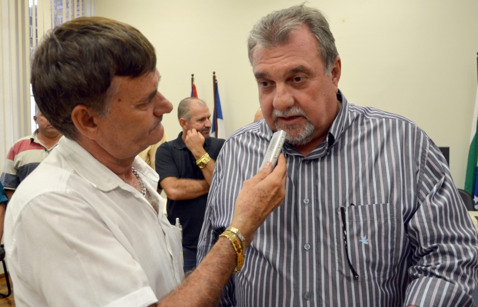 """""""Nós, poder Executivo, estamos por muito tempo reivindicando"""", destacou o prefeito de Ubiratã"""