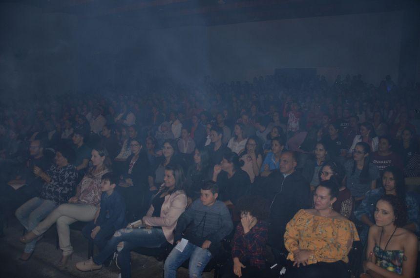Espetáculo Integrado Música e Dança emocionou grande público em Ubiratã