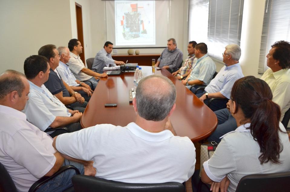 O Conselho de Desenvolvimento Municipal é formado por 20 pessoas representando diversos seguimentos da sociedade