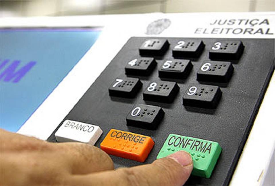 Em seis anos aumentou 2.805 eleitores em Ubiratã