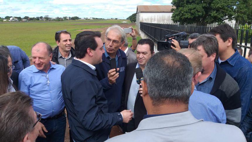 Prefeito Baco se encontra com governador Ratinho Jr em Campo Mourão