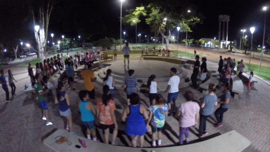 Caminhada e Forró na Praça marcaram comemorações do Dia da Atividade Física em Ubiratã