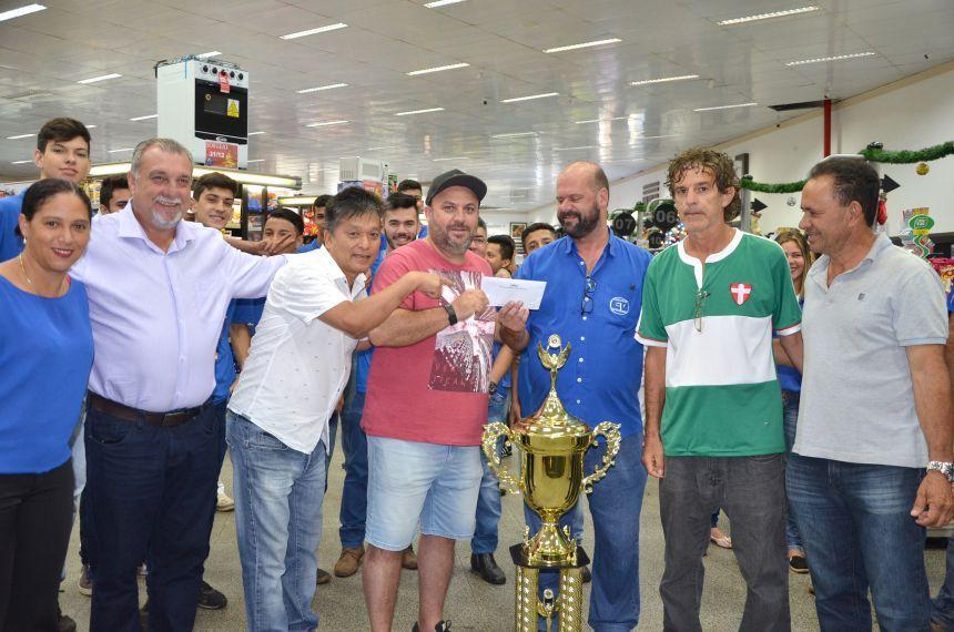 Entrega da premiação da 1ª Copa Vencedora de Futebol Veteranos