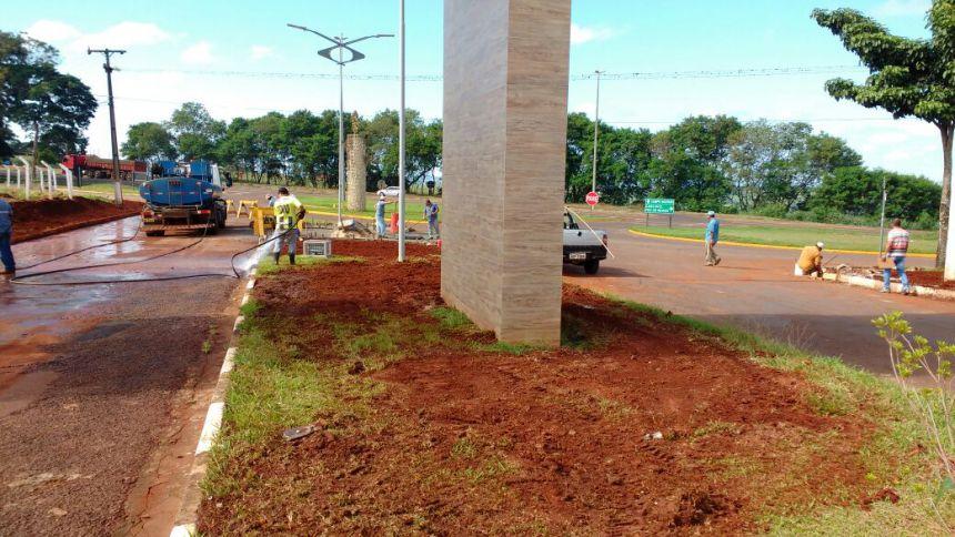 Melhorias no entorno do Portal e construção de retorno no Trevo Norte