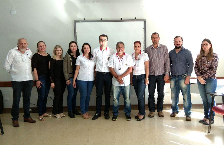 Servidores participam de reunião com a coordenadoria do sistema de controle interno