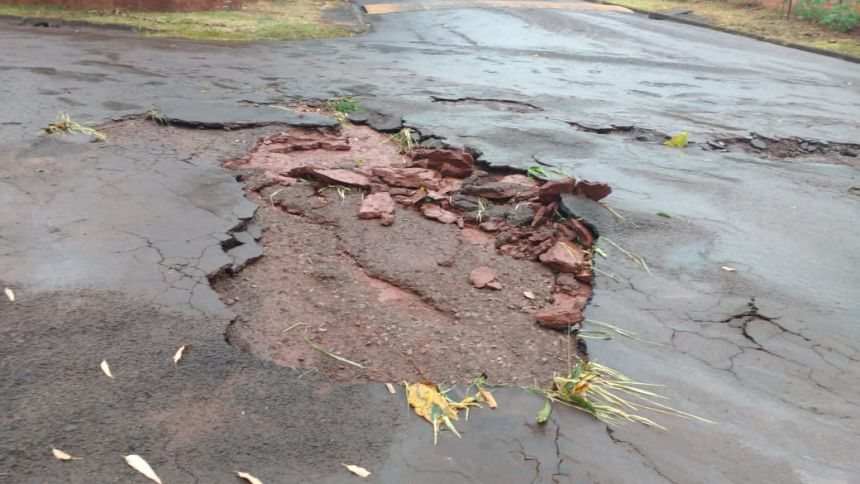 Tempestades de sábado e segunda-feira ocasionaram diversos danos e prejuízos em Ubiratã