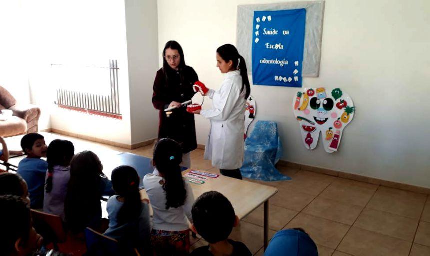 Saúde conta com profissional para orientar alunos na prevenção e controle de cárie e Escovação Supervisionada
