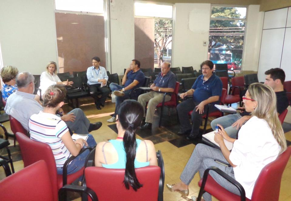 Integrantes das equipes técnicas do Comitê Gestor de Ubiratã se reuniu para dar continuidade ao trabalho desenvolvido e para planejar ações que serão executadas em 2015