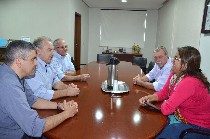 Secretária de Saúde recebeu em Ubiratã presidente da Associação dos Consórcios e Associações Intermunicipais de Saúde do PR
