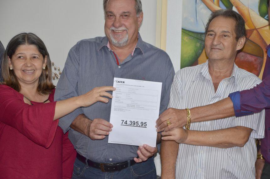 Câmara de Vereadores economiza durante o ano e devolve para os cofres públicos R$ 74.395,95