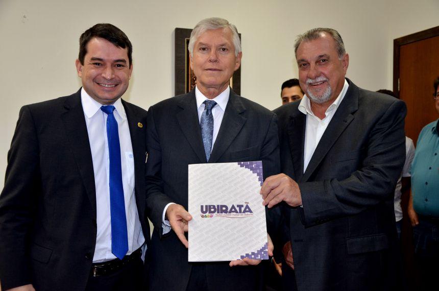Prefeito, vereadores e juiz pedem a Corregedor de Justiça elevação da Comarca de Ubiratã para Entrância Intermediária