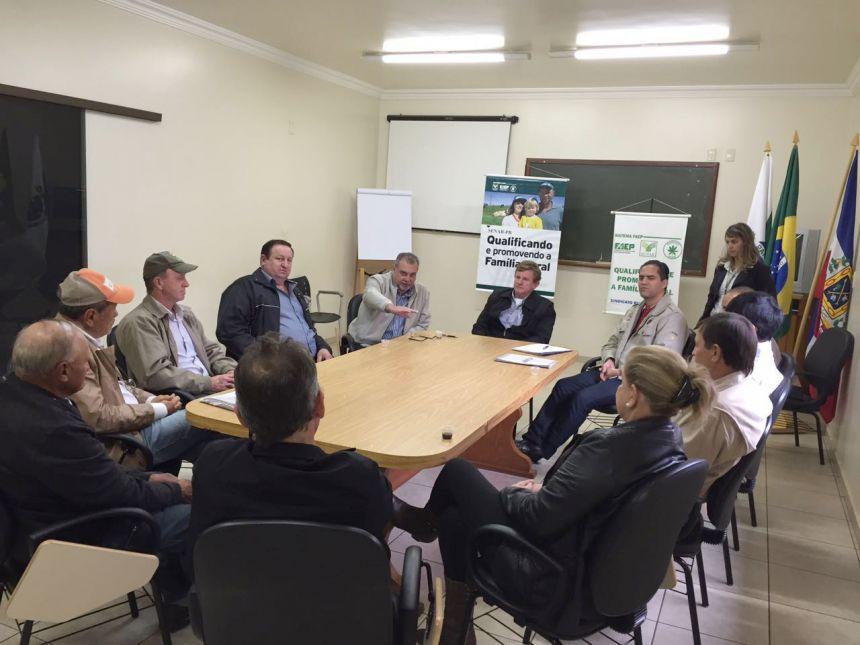 Projeto de implantação do sistema de videomonitoramento é apresentado no Sindicato Rural