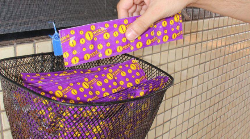 Entrega de preservativos é reforçada para o Carnaval