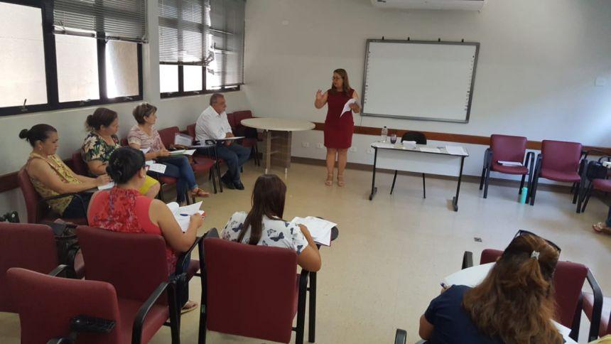 Prefeito Baco se reúne com a secretária de Educação e diretoras das instituições escolares para fechamento do ano letivo de 2018