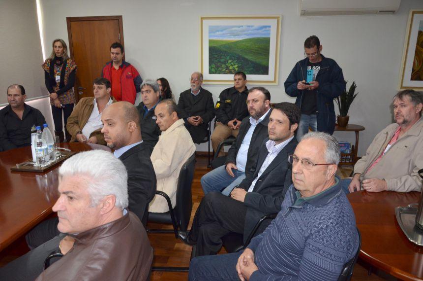 Reunião de apresentação do projeto para implantação do sistema de videomonitoramento de Segurança