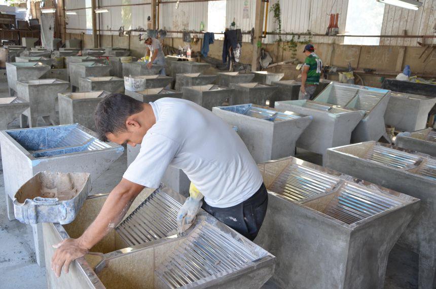 Ubiratã é o município que mais cria empregos formais na região
