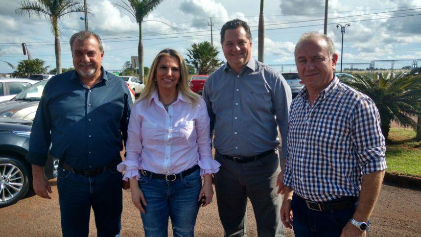 Prefeito Baco se encontra com ministro da Saúde Ricardo Barros e com a vice-governadora Cida Borguetti