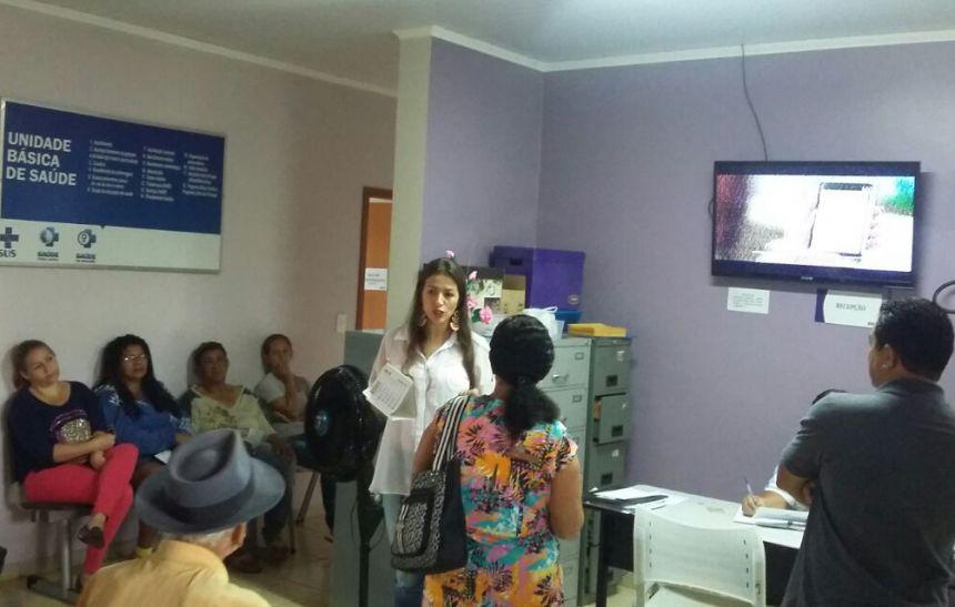 Palestras rápidas e objetivas ministradas aos pacientes que aguardam atendimento, otimizam o tempo na sala de espera das UBS