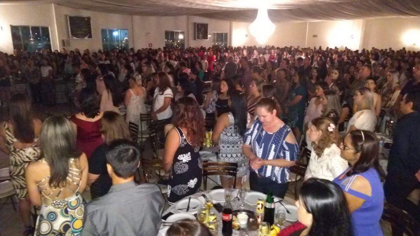 Servidores municipais comemoraram seu dia com um Jantar especial oferecido pela Administração Municipal