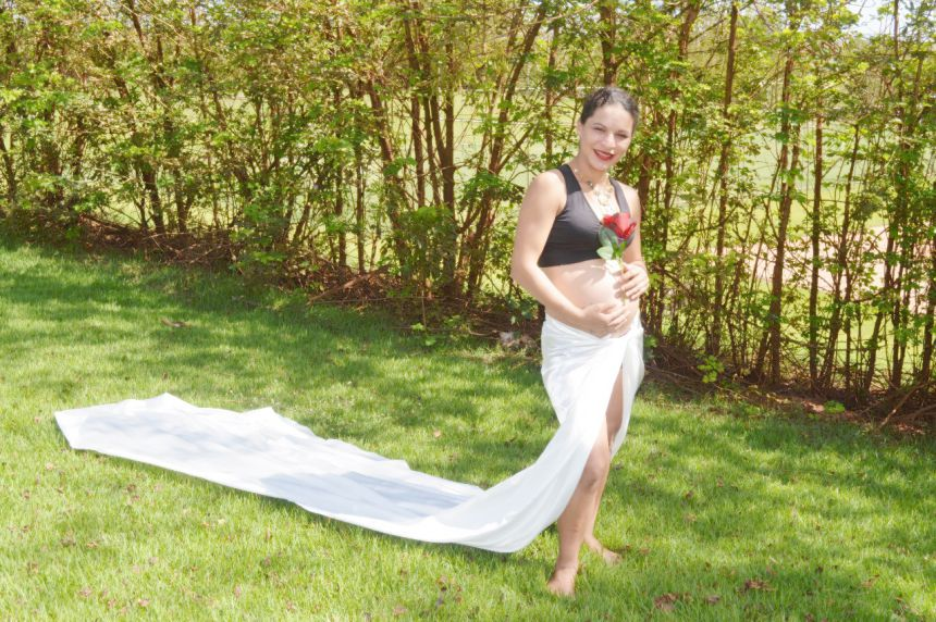 "Projeto ""Gestar"": ensaio fotográfico para futuras-mães do Distrito de Yolanda"