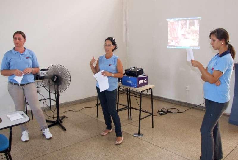 Rotineiramente profissionais da saúde de Ubiratã fazer esse tipo de orientação ao cidadão