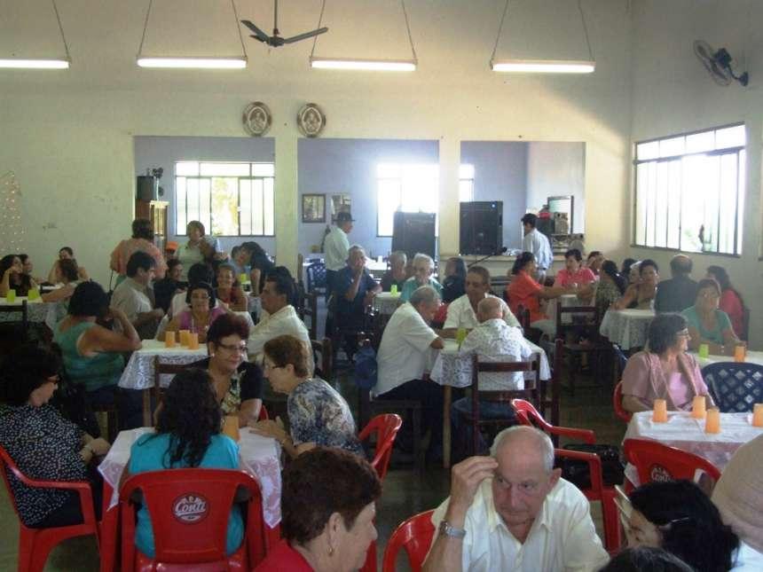 No Centro os idosos se reunem e se divertem como sua segunda casa