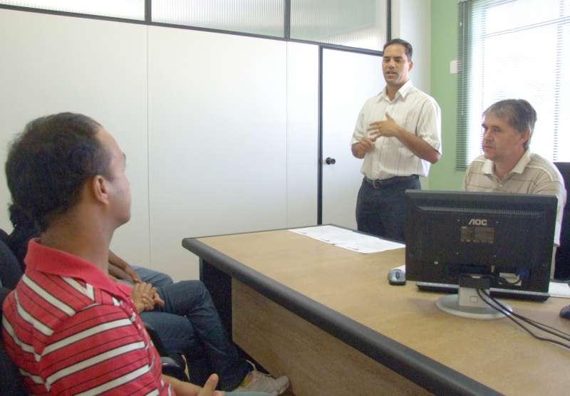 Chefe de Gabinete representou o prefeito Fábio D´Alécio na posse dos servidores