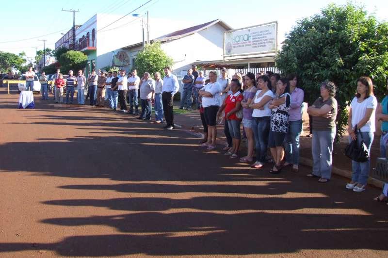 Representantes de diversos segmentos da sociedade ubiratanense participaram da cerimônia