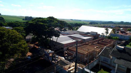 Prefeito Baco e secretária de Educação visitam obras de reforma e ampliação do CMEI Boa Vista