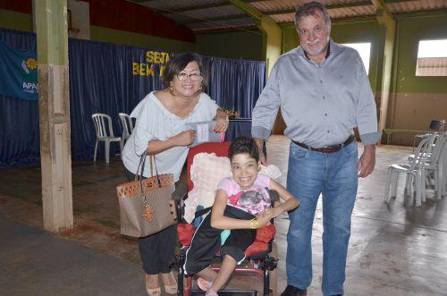 Deputada Claudia Pereira participou de audiência publica na APAE de Ubiratã