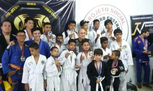 Alunos do S.O.S Cicero Nuto Figueiredo participaram de Campeonato de Jiu-Jitsu em Cascavel