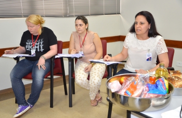 A equipe da Divisão de Licitação coordenou a reunião e orientou quanto aos procedimentos a serem seguidos
