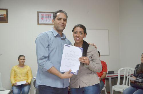 13 novos servidores aprovados em concurso tomaram posse em Ubiratã