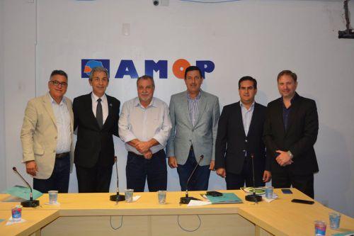 Argentinos conhecem Amop e ações do municipalismo; Delegação é recepcionada pelo prefeito Baco