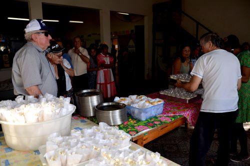 Centro de Convivência realizou festa junina para os idosos