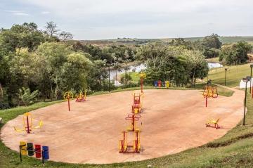 Uma academia ao ar livre foi montada no Parque da Cidade