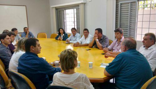 Prefeita de Farol foi eleita presidente da Comcam; Baco será o 2º secretário