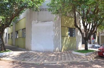 A Secretaria de Assistência Social de Ubiratã está localizada na Rua Paraná, ao lado da Secretaria de Educação