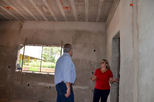 Escola Municipal do Campo Porto dos Santos está sendo reformada e ampliada