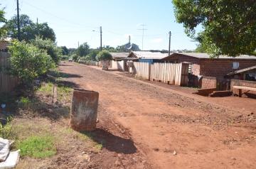 Os terrenos serão legalizados para que as famílias possam investir em suas moradias