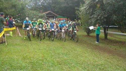 Ubiratã recebeu pela primeira vez etapa do Campeonato Paranaense de Mountain Bike XCO