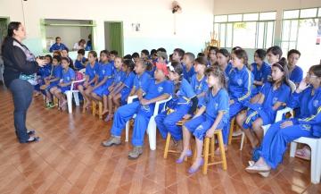 O Programa consiste em uma proposta de complementação educacional, baseada na valorização da cultura do educando e de sua comunidade