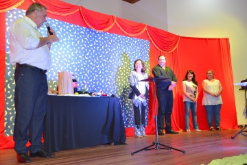 Prefeito Baco deu boas vindas e parabenizou a todas as mulheres presentes no evento