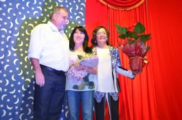 A médica cardiologista, Dra Célia representando todas as mulheres recebeu uma homenagem