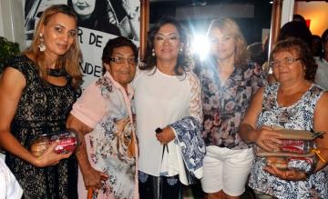 Primeira-dama, Makie agradeceu a presença de todas as mulheres