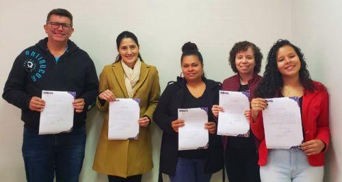 Mais 5 servidores aprovados em concurso tomaram posse em Ubiratã