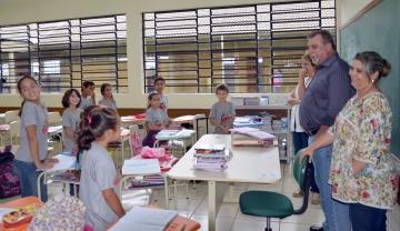 "Prefeito Baco está visitando todas as escolas e creches municipais para in loco ver a realidade da educação ubiratanense: ""Dá gosto de ver"""