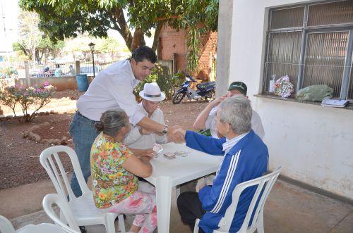 Vice Nil Pereira visita Centro de Convivência de Idosos que comemorou Dia dos Pais